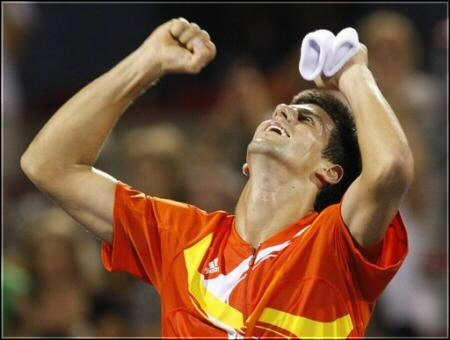 sports-au-tennis-novak-djokovic-est-le-champion-de-la-coupe-rogers/novak-djokovic8-jpg.jpeg
