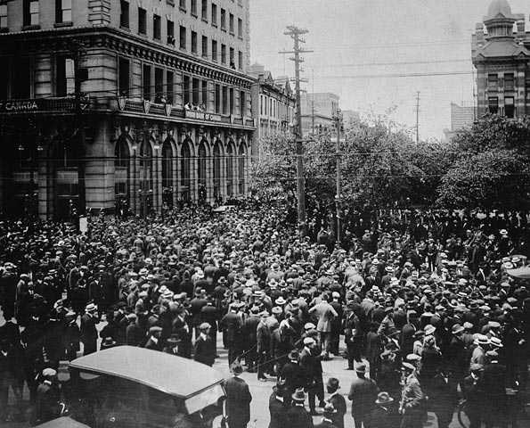 le-bloody-saturday/winnipeggeneralstrike15.jpg
