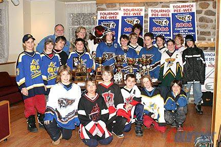 sports-ouverture-du-premier-tournoi-de-hockey-pee-wee-de-quebec/img-8606--copy2852-jpg.jpeg