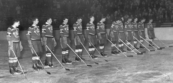 sports-viii-emes-jeux-olympiques-dhiver-a-oslo/hockey-can-195221-jpg.jpeg