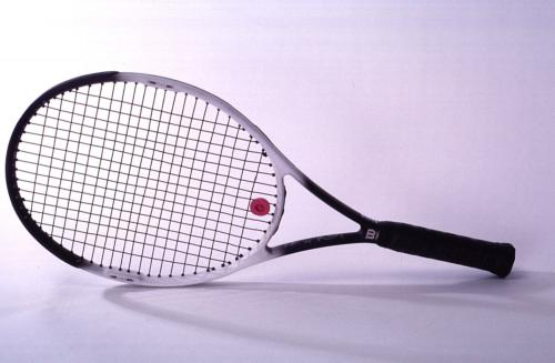 sports-invention-de-la-raquette-de-tennis-en-metal/sports-tennis-racket-large29-jpg.jpeg