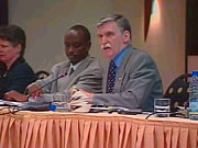 debut-des-massacres-en-rwanda/rwanda-conf-dallaire-n6870-jpg.jpeg