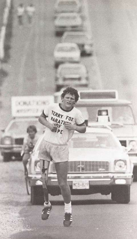 debut-du-marathon-de-lespoir/terry-fox198070-jpg.jpeg