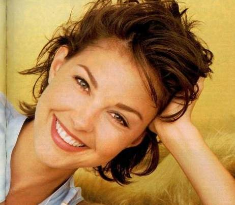 naissance-ashley-judd-actrice/ashley-judd-braces5-jpg.jpeg