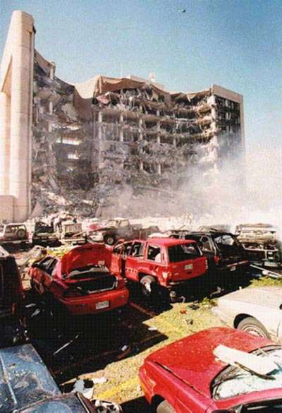 attentat-doklahoma-city/oklahoma-city-bombing616175-jpg.jpeg
