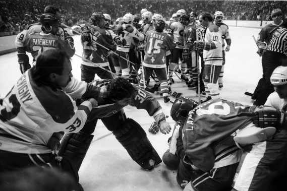 sports-un-violent-match-canadien-nordiques/bataille-nordiques-canadiens19-jpg.jpeg