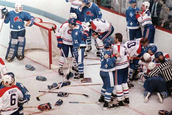 sports-un-violent-match-canadien-nordiques/bataille-nordiques-canadiens8-jpg.jpeg