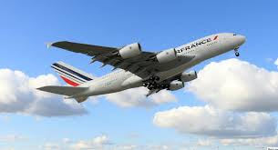 le-transporteur-air-france-met-en-service-quotidien-son-immense-avion-a-380-entre-paris-et-montreal/clip-image011-jpg.jpeg