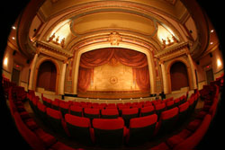 ouverture-du-cinema-imperial-a-montreal/phot-impe-index-04-jpg.jpeg