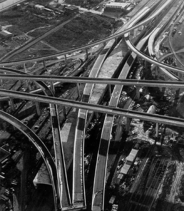 ouverture-de-lautoroute-decarie-a-la-circulation/constructionechangeurturcot-196643-jpg.jpeg