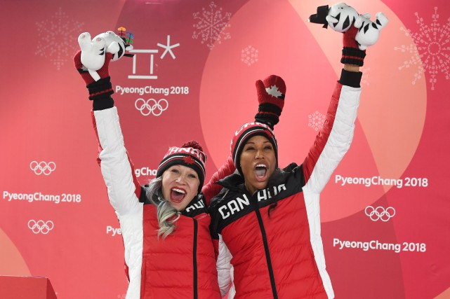 sports-les-jeux-olympiques-de-pyeongchang/1512831-kaillie-humphries-phylicia-george-termine-jpg.jpeg