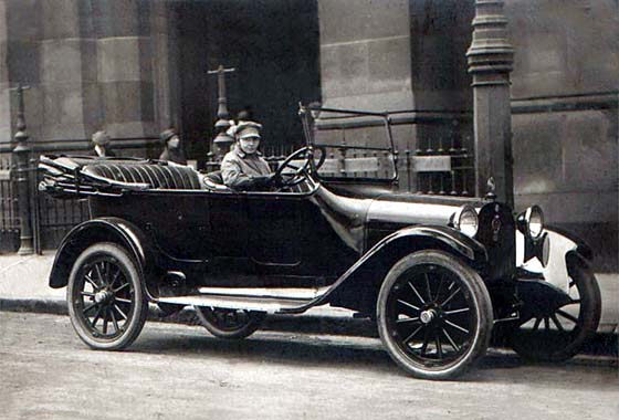 deces-horace-e--dodge/dodge-tourer-1917-jpg.jpeg
