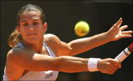 sports-amelie-mauresmo-championne-a-montreal/1-jpg.jpeg