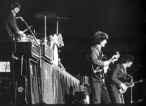 les-beatles-commencent-leur-premiere-tournee-americaine-au-cow-palace-de-san-francisco/cowpalace59-jpg.jpeg