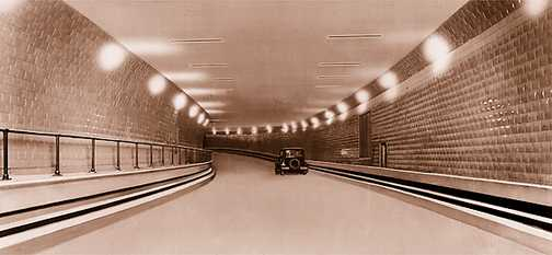 ouverture-du-tunnel-detroit-windsor/tunnel-first-car1116-jpg.jpeg
