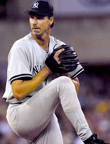 sports-randy-johnson-remporte-le-cy-young-pour-la-cinquieme-fois/randy-johnson-picture-2-jpg.jpeg