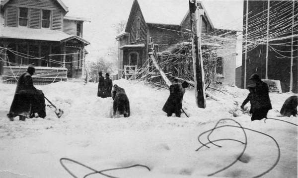 sacree-meteo-tempete-sur-les-grands-lacs/cleveland-after-blizzard-of-1913-jpg.jpeg