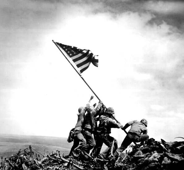 la-creation-des-marines-americaines/iwo-jima-flag-raising1-jpg.jpeg