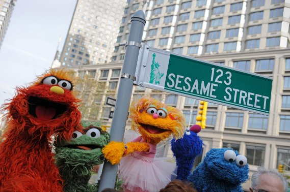 40eme-de-sesame-street/murray-oscar-zoe-cookie-monster-jpg.jpeg
