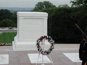 inauguration-de-la-tombe-du-soldat-inconnu-etats-unis/tomb-of-the-unknowns20353535-jpg.jpeg