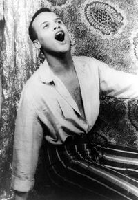 naissance-harry-belafonte-chanteur/harry-belafonte-singing-19543434.jpg