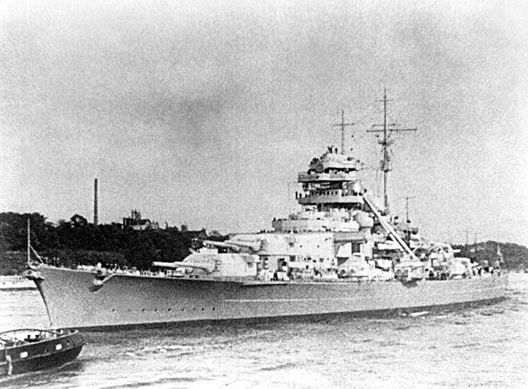 la-royal-air-force-coule-le-cuirasse-tirpitz/battleship-tirpitz-1941-gr2123-jpg.jpeg