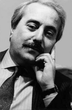 -le-juge-falcone-assassine-par-la-mafia/falcone-jpg.jpeg