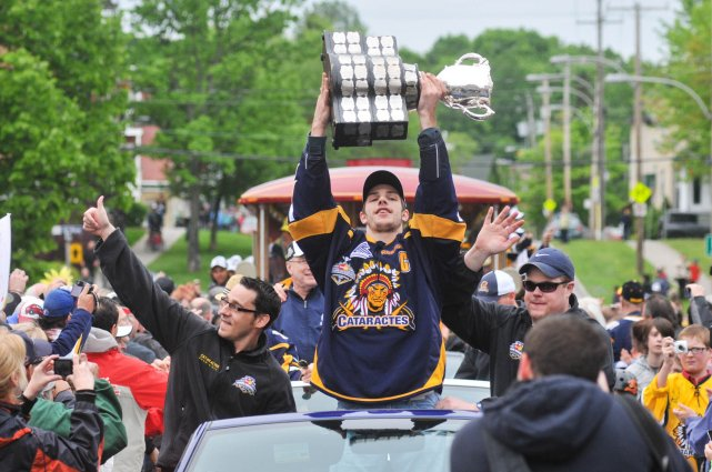 sports-les-cataractes-de-shawinigan-remportent-la-coupe-memorial-de-hockey-junior/clip-image018-jpg.jpeg