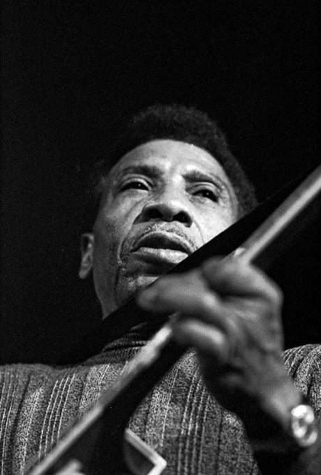 deces-t-bone-walker/clip-image004-jpg.jpeg