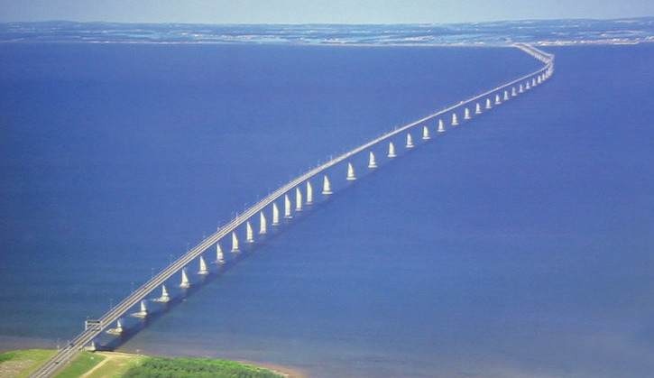 ouverture-officielle-du-pont-de-la-confederation/confederation-bridge-whole-length-from-air1-jpg.jpeg