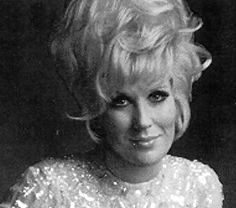 naissance-dusty-springfield/dusty5558.jpg