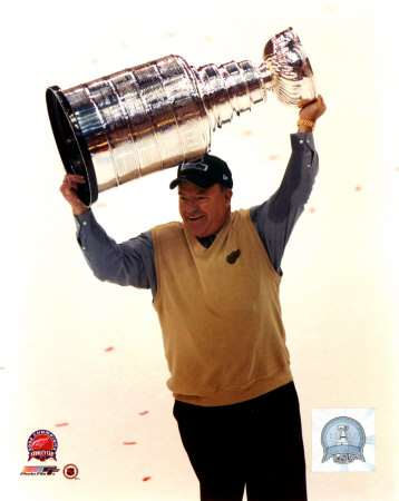 sports-scotty-bowman-huit-coupes-stanley/bowman-with-the--stanley-cup-2-jpg.jpeg