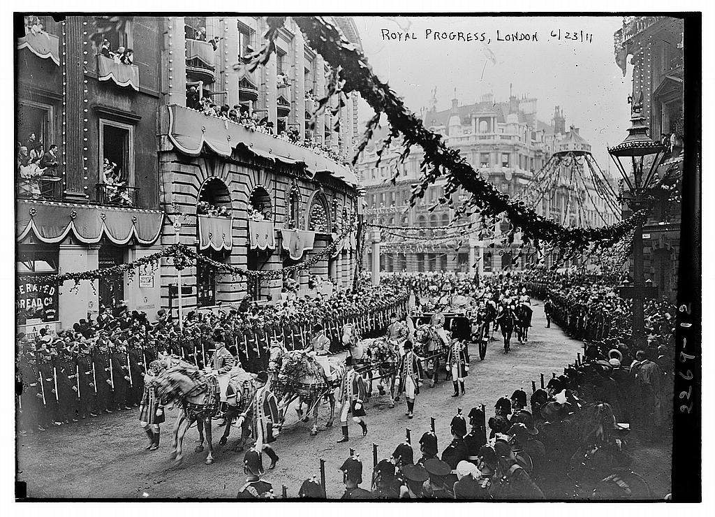 couronnement-du-roi-george-v/royal-progress-london-1911-loc-2163698472-jpg.jpeg