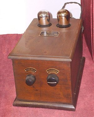 invention-de-la-premiere-lampe-de-radio-a-courant-alternatif/ls-rogers-battery-elim26-jpg.jpeg