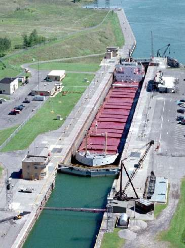 inauguration-officielle-de-la-voie-maritime-du-saint-laurent/eisenhower-locks-jpg.jpeg
