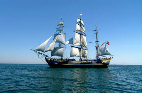naissance-william-bligh/bounty-side-shot-big17.jpg