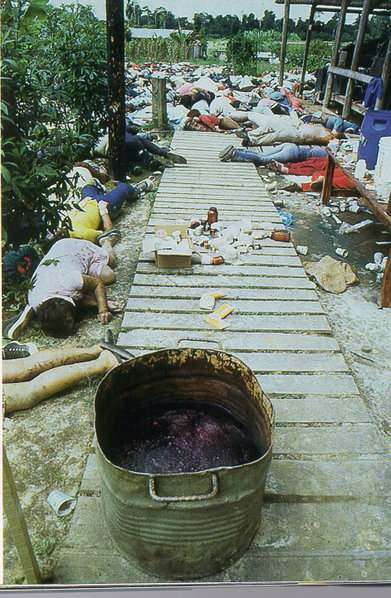 suicide-collectif-au-guyana/jonestown-mass-gr46-jpg.jpeg