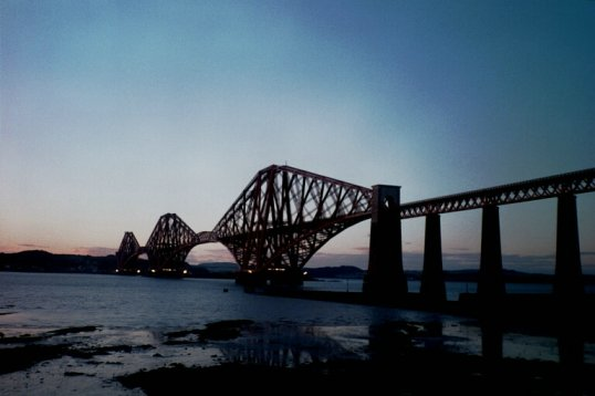 ouverture-du-pont-forth-railway-bridge/forthbridgeedinburgh.jpg