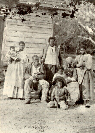 abolition-de-lesclavage-aux-etats-unis/slave-family8109.jpg