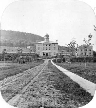 naissance-james-mcgill/campus185933.jpg