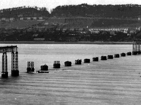 inauguration-du-pont-sur-le-tay-tay-bridge/taybridge-collapse.jpg