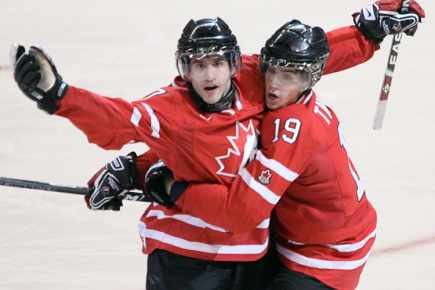 sports-cinquieme-titre-de-suite-pour-le-canada/hockey-juniors-2009b7.jpg
