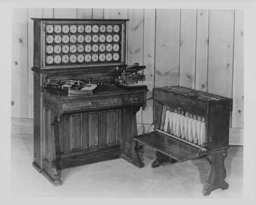 herman-hollerith-depose-le-brevet-de-la-machine-a-calculer-electrique/tabulator1923.jpg