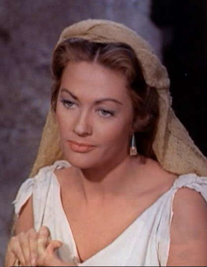 deces-yvonne-de-carlo/yvonne-de-carlo-in-the-ten-commandments-film-trailer.jpg