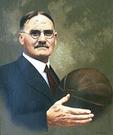 naissance-du-basketball/james-naismit-ballon10.jpg