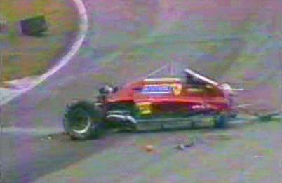 deces-gilles-villeneuve/crash6.jpg