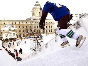 sports-red-bull-crashed-ice-en-patinage-extreme-deux-quebecois-sur-le-podium/red-bull-crashed-ice1107.jpg