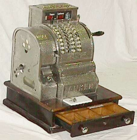 naissance-william-seward-burroughs-inventeur-de-la-machine-a-calculer/caisseenregistreuse.jpg