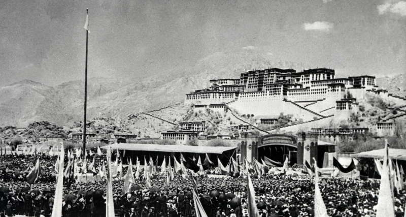debut-de-la-rebellion-tibetaine/tibet1959a.jpg