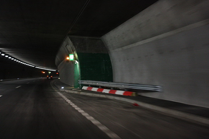 accident-du-tunnel-de-sierre/clip-image02015.jpg